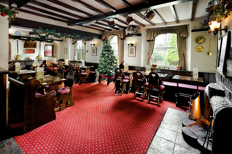 Celebrate Christmas at the Queens Head