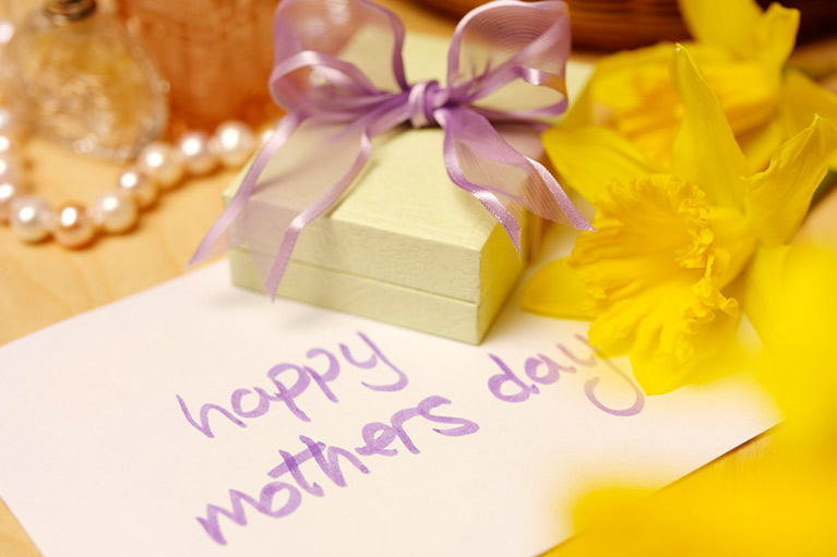 Celebrate Mother's Day at the Queens Head
