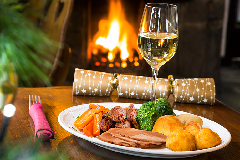 FREE Turkey Dinner Christmas Offer at the Queens Head